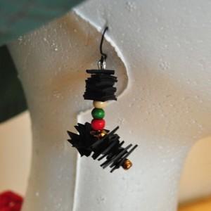 boucle d'oreille en chambre à air et perles