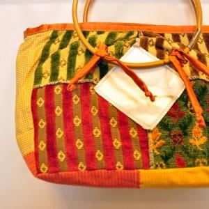 Petit sac à main en tissu et tetrapack - anses en bambou
